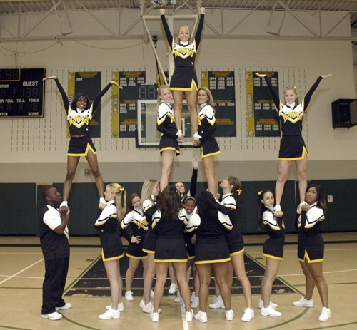 Cheer-Stunts