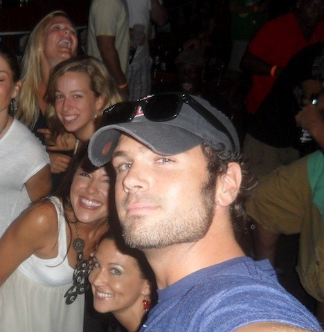 chuck wicks crashes girls night