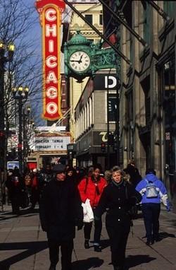 CITY OF WINDBREAKERS: Chicago - MARK MONTGOMERY