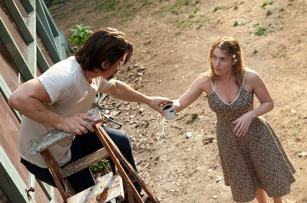 COFFEE, FLEE OR ME?: A lonely mom (Kate Winslet) helps out a convict (Josh Brolin) on the run in Labor Day. (Photo: Paramount)