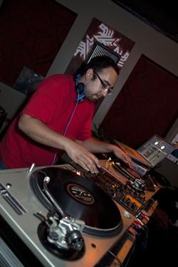 JEFF HAHNE - CROWD CONTROL: DJ Odi