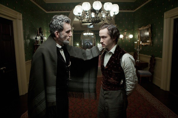 Daniel Day-Lewis and Joseph Gordon-Levitt in Lincoln (Photo: Disney)
