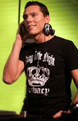 RUUT BOL - DJ Tiesto