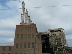 Duke Energy's 81-year-old Riverbend coal plant on Charlotte's Mountain Island Lake.