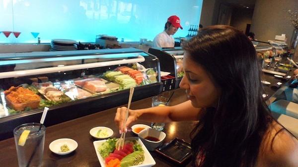 Sushi_Eating.jpg
