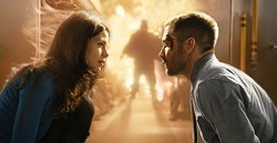 JONATHAN WENK / SUMMIT - FLAMES OF PASSION: Christina (Michelle Monaghan) and Colter (Jake Gyllenhaal) make a connection in Source Code