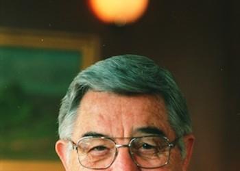 Former UNC head William Friday dies at 92