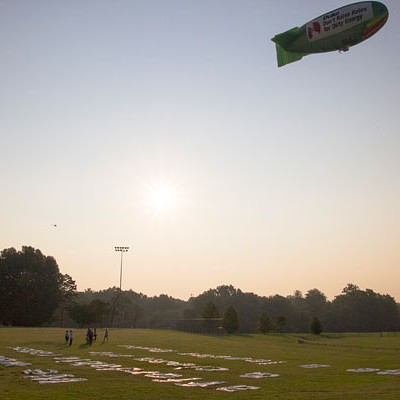 Greenpeace launches 'airship' (8/2/12)