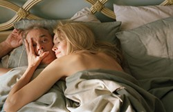 DAVID LEE / FOCUS FEATURES - HAND TO MOUTH Bill Murray and Sharon Stone face up to their past in Broken Flowers.