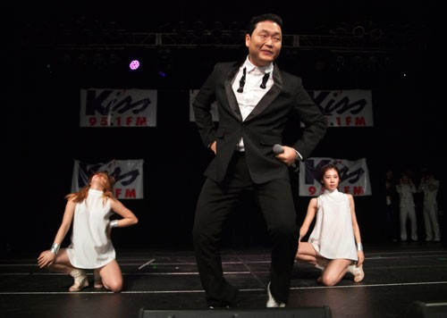 """He well may end up a one-hit wonder, but for this night, PSY tried his best to get the whole place dancing. Sadly, he only performed his worldwide smash """"Gangnam Style"""" at the Fillmore on Dec. 12, 2012."""