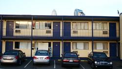 ASHLEY GOODWIN - HOTEL, MOTEL: The Ascot Inn