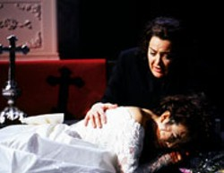 WILLIAM STRUHS - I Capuleti e I Montecchi will run at Spoleto - through June 13. Pictured: Hoo-Ryoung Hwang as - Giulietta Capellio; Theodora Hanslowe as Romeo.