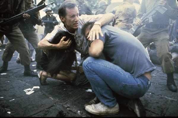 James Woods in Salvador (Photo: Twilight Time)