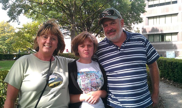 Jennifer, Rachel (19), and Steve Warren