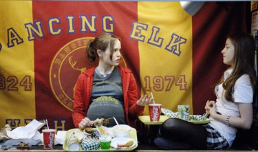 JUNO: Ellen Page and Olivia Thirlby - DOANE GREGORY / FOX SEARCHLIGHT