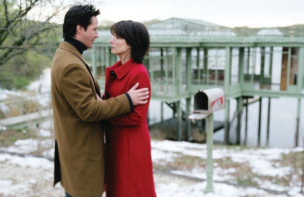 Keanu Reeves and Sandra Bullock in The Lake House (Photo: Warner Bros.)