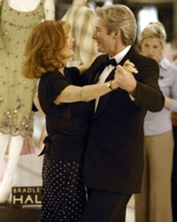 MIRAMAX - LEADING MAN Richard Gere takes Susan Sarandon - for a spin in Shall We Dance
