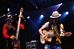 Les Claypool and Gogol Bordello