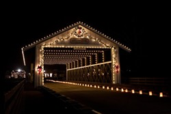 5dff0591_covered_bridge_with_luminaires.jpg