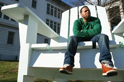 LITTLE MAN ACCOMPLISH BIG FEAT: BET Award nominee Eric Roberson sits on the edge of stardom