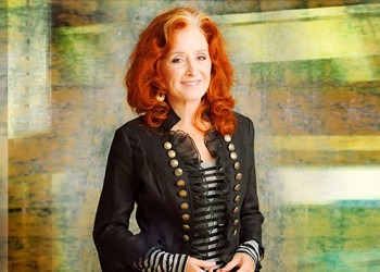 Live review: Bonnie Raitt, Ovens Auditorium (10/11/2012)