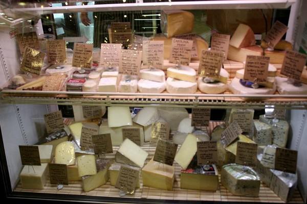 cheesecase.jpg