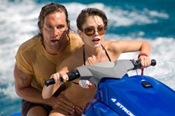 VINCE VALITUTTI / WARNER BROS. - MAKING WAVES: Finn (Matthew McConaughey) and Gemma (Alexis Dziena) give pursuit in Fool's Gold.