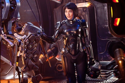 Mako Mori (Rinko Kikuchi), ready for action. (Photo: Warner Bros.)