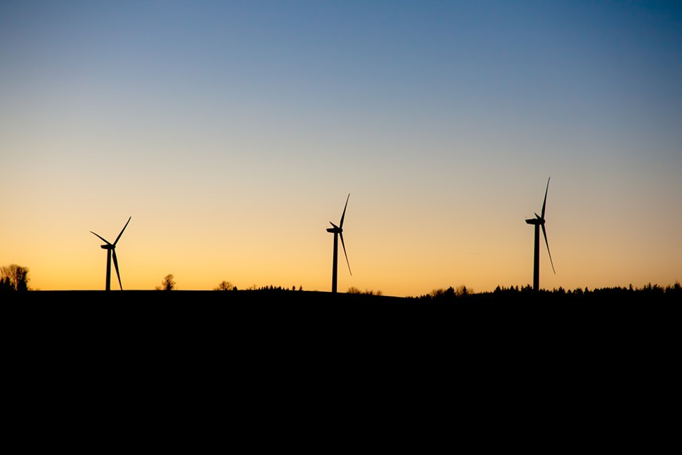 FridayWallpaper-8-wind-turbines-fullsize.jpg