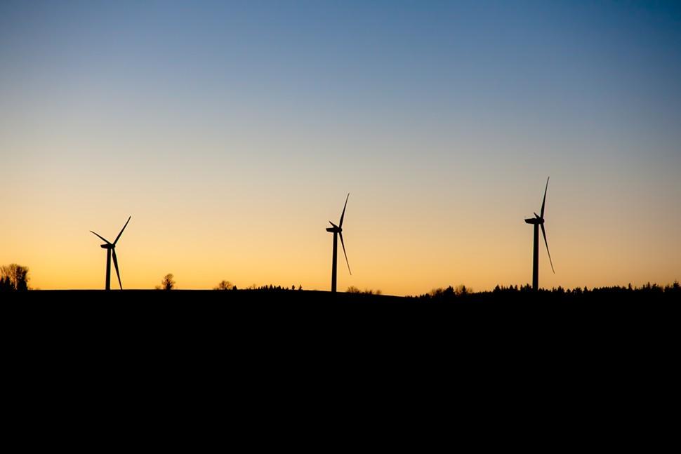 FridayWallpaper-8-wind-turbines-fullsize.jpg