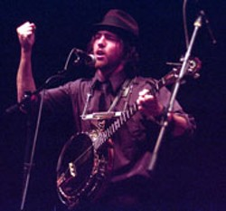 RADOK - O Brother: Scott Avett offers to whoop any man in the - house