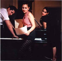 OLD TIME ROCK 'N' ROLL: Kitty, Daisy & Lewis