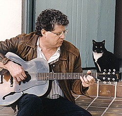 ONE COOL CAT: Singer/activist Si Kahn (the human, not the feline)