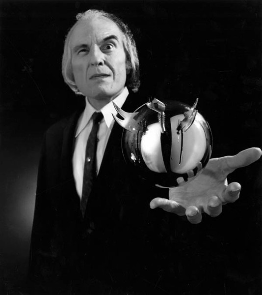 Phantasm's The Tall Man (Angus Scrimm) (Photo: AVCO Embassy)