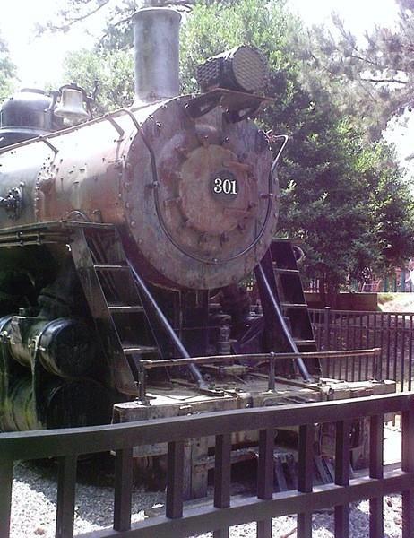 1365180451-train3.jpg