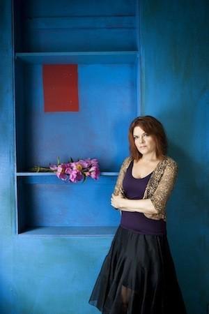 Rosanne Cash (photo by Deborah Feingold)