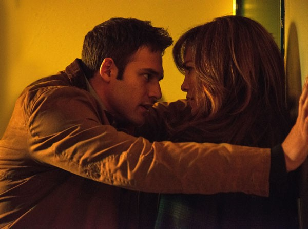 Ryan Guzman and Jennifer Lopez in The Boy Next Door (Photo: Universal)