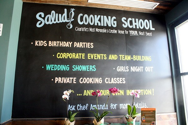 Salud offers a cooking class for everyone
