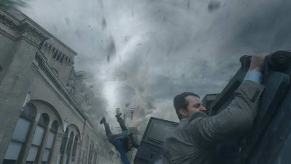Sarah Wayne Callies and Richard Armitage in Into the Storm (Photo: Warner Bros.)
