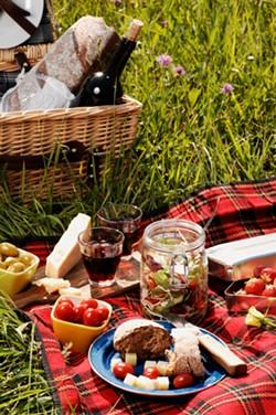 picnic_jpg-magnum.jpg