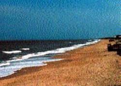 O'BRIEN - Surf and sand at Manteo