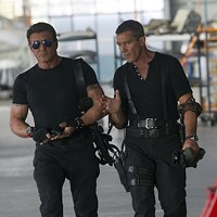 Sylvester Stallone and Antonio Banderas in The Expendables 3 (Photo: Lionsgate)