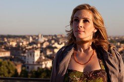 FRANCOIS DUHAMEL / COLUMBIA - THE INCREDIBLE JOURNEY: Liz Gilbert (Julia Roberts) explores new horizons in Eat Pray Love.