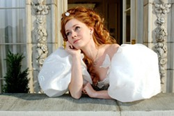 DISNEY ENTERPRISES - THE PRINCESS DIARIES: Giselle (Amy Adams) reflects on life in the big city in Enchanted.