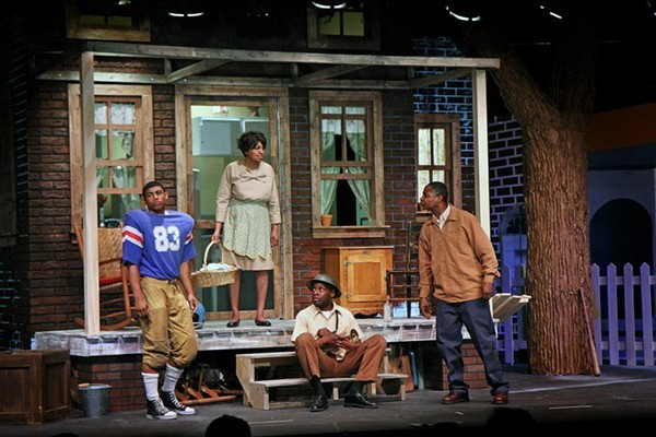 struggles of troy maxson in fences by august wilson This moving drama was written in 1983 and earned wilson his first pulitzer prize fences is part of august wilson's pittsburg cycle, a collection of ten plays each drama explores a different decade in the 20th century, and each examines the lives and struggles of african-americans the protagonist, troy.