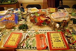 cf0269f4_passover_table.jpg