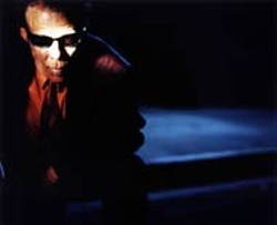 ANTON CORBIJN - Tom Waits: Appearing in spirit only