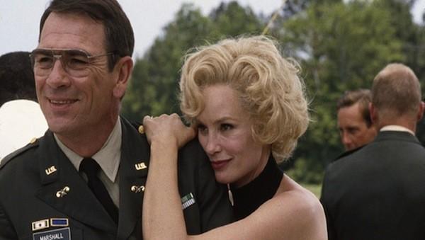 Tommy Lee Jones and Jessica Lange in Blue Sky (Photo: Olive Films)