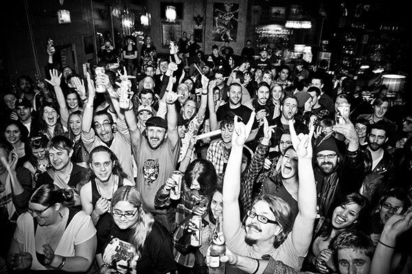 Shiprocked! crowd rocks out. (Photo by Justin Driscoll)