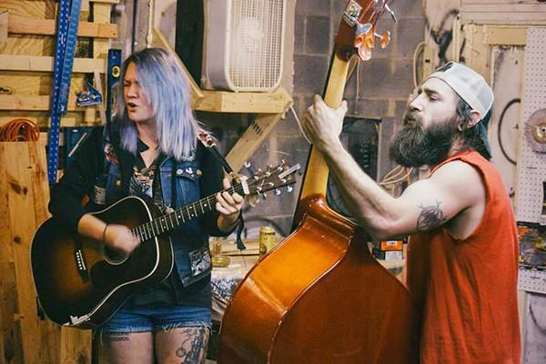 Glenn and bassist Matt Davis get a groove.